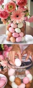 Arranjo flores e ovos