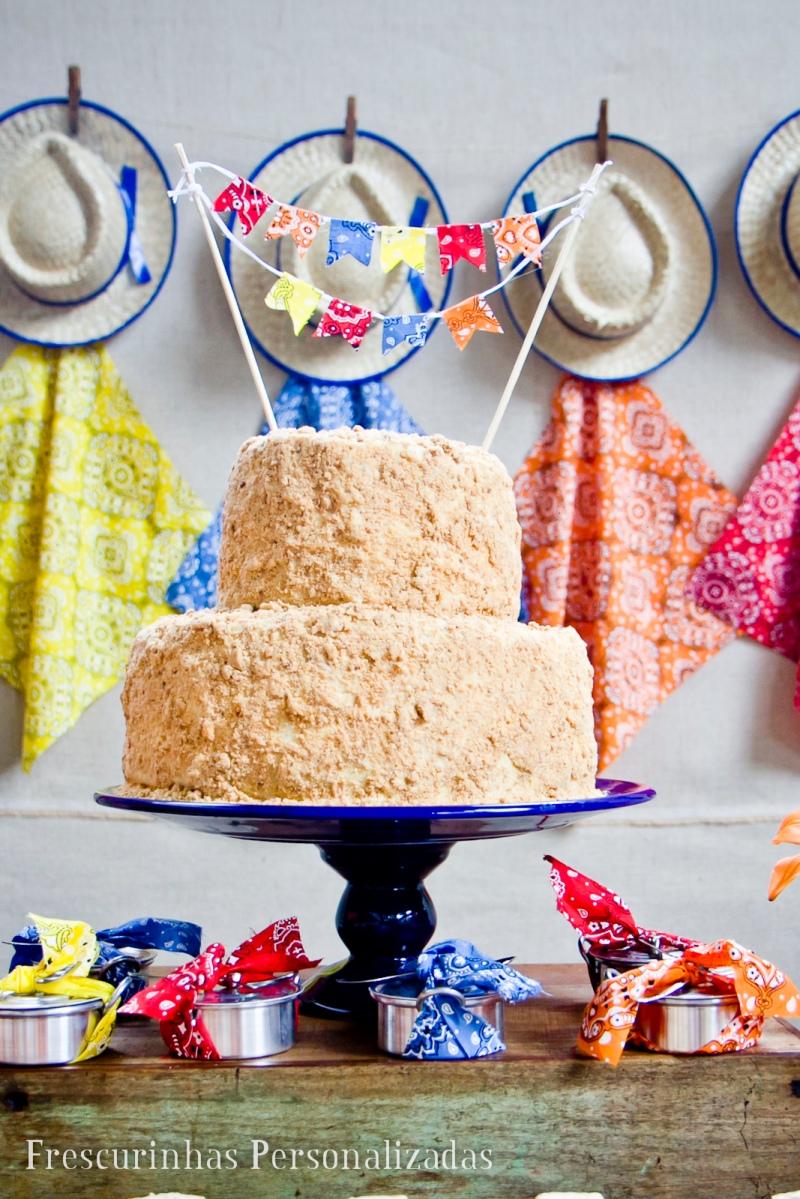 festa junina, maternidade hoje, bolo, bandeirinhas, bolo bandeirinhas